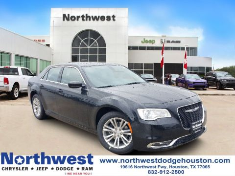 New 2020 CHRYSLER 300 Touring L